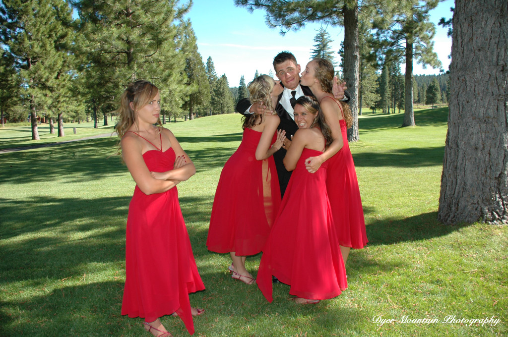 a-Jon-and-bridesmaids-1024x680